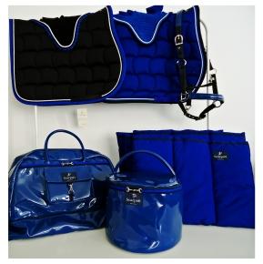 // Rider's weekend bag - Cap Holder - Underbandages - Saddle pads - Halter //